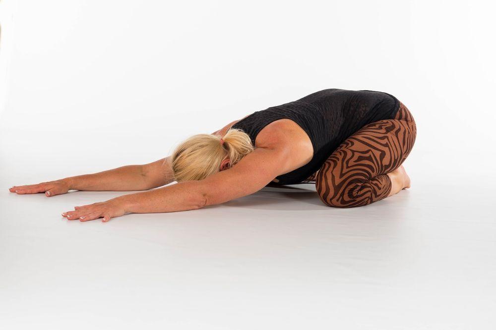 10 minuten stretchen elke dag doet wonderen doe deze oefeningen